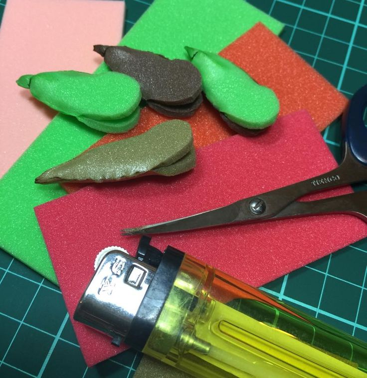 Cicada X ( Fused Body Version )               Material List :     3mm Thk closecell foam   Gamakatsu B10S size 4   Bead mono eye   Flasha...