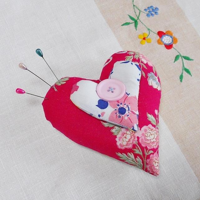 Valentine Heart Pin Cushion £8.00