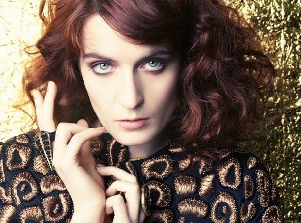 Ο Άρης Σερβετάλης πρωταγωνιστεί στο νέο video clip των Florence + The Machine; - Celebrities | Ladylike.gr