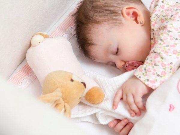 Twój maluch nie chce spać? Oto 6 sposobów, jak to zmienić