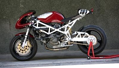 Radical Ducati S.L.: RADICAL DUCATI in GLEMSECK 101