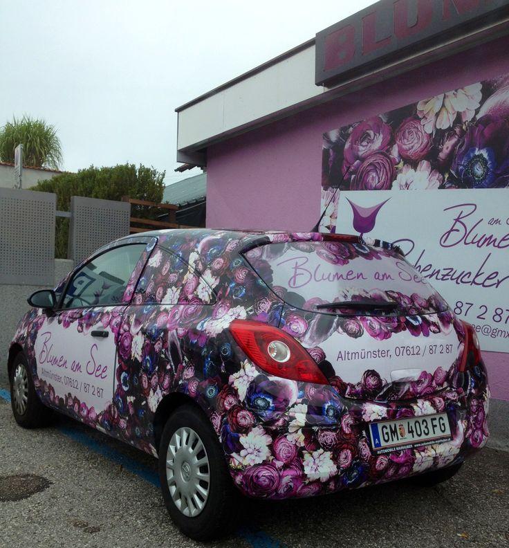 Flower-Car.  Das nenne ich gelungene Werbung. Wenn das Auto nicht auffällt...?! Gesehen in Österreich, am Traunsee.  Sept. 2013