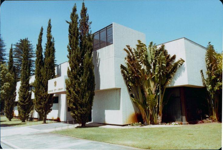 303583PD: Subiaco City Library, ca. 1981 https://encore.slwa.wa.gov.au/iii/encore/record/C__Rb2851238
