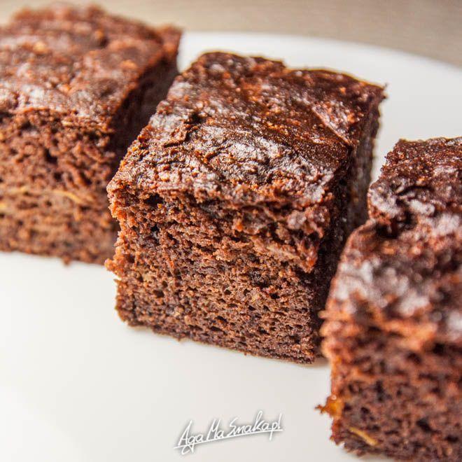Murzynek bez cukru! Za to z cukinią - przepyszne brownie gotowe w godzinę ⋆ AgaMaSmaka - żyj i jedz zdrowo!
