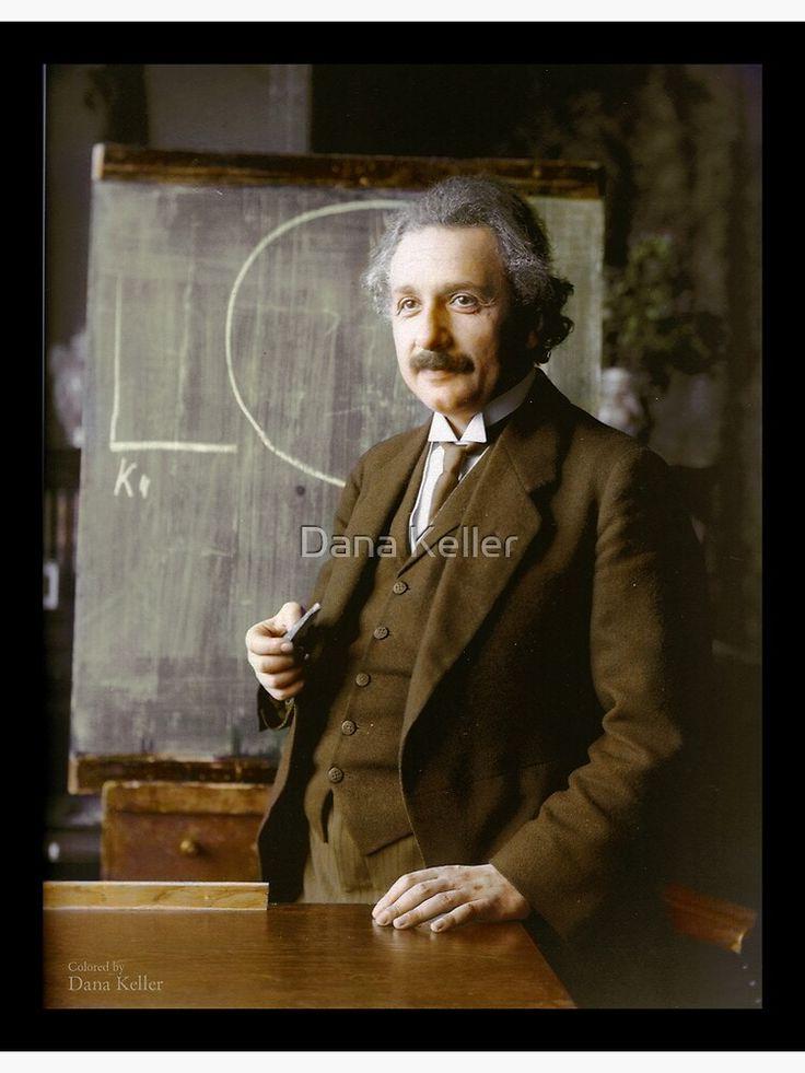Pin By Munir Yassin On Einstein In 2021 Albert Einstein Pictures Colorized Historical Photos Albert Einstein