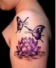 Tattoo waterlelie en vlinders