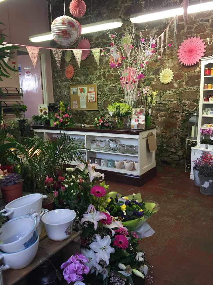 price strategy of flower shop Business plan outline flower shops belonged to we are also in the process of buying medicines and equipment/s we could use for the shop 54 pricing strategy.