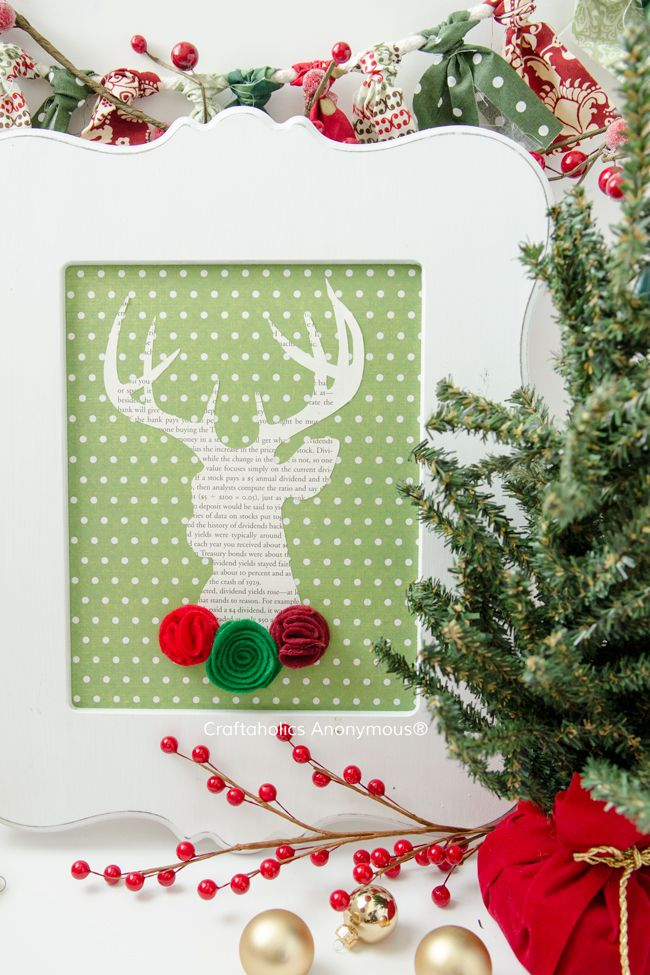 Christmas Deer. This adorable reindeer is an awesome and easy Christmas Craft!