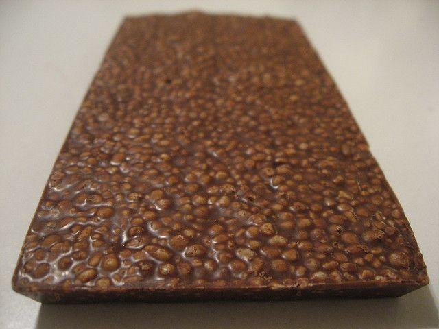 E' il momento di preparare la ricetta del kinder cereali a casa vostra, uno snack al cioccolato e cereali soffiati che con la sua golosità conquisterà tutti. E' la ricetta ideale per una merenda o un dessert gustoso!