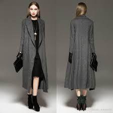 Lang grå kåpe med høye hæler til- classic look blir aldri feil