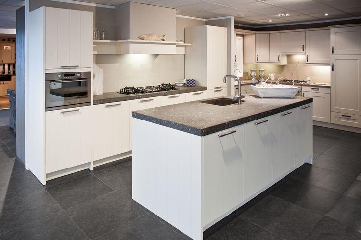 Indeling Keuken Met Eiland : dan 1000 afbeeldingen over keuken op Pinterest – Met, Keukens en Ovens