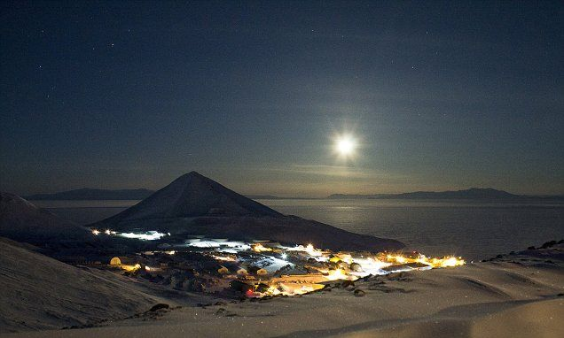 Scientists in Antarctica drink so much they get into fights