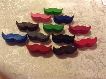 Moustache Crayons - set of 4 I think these make a fun and quirky wedding favour :)