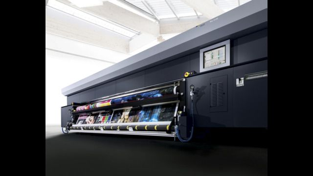 Durst is unveiling new water-based printing systems for lucrative LFP areas of application, is paving the way towards traditional textile printing with technological convergence and optimizing productivity in UV flatbed printing through automation