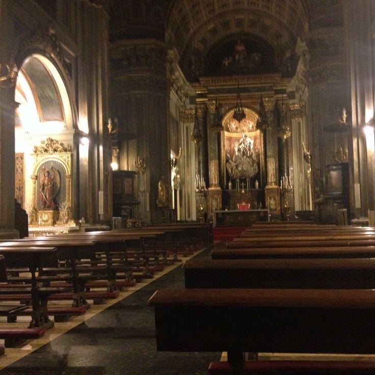 Iglesia de San José, Madrid.  El 17 de mazo de 1914, el Beato Álvaro del Portillo fue bautizado seis días después de su nacimiento.