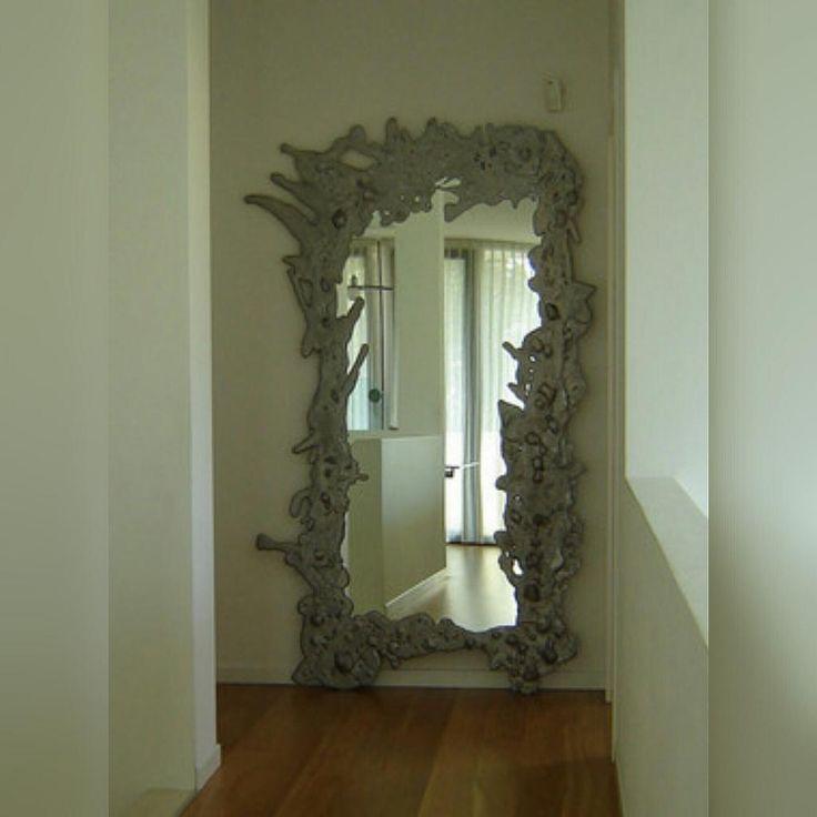 Зеркало от Rocanto #rocanto #mirror #aluminium #accessories #decor_home #зеркало #предметы_интерьера #ideal_interier