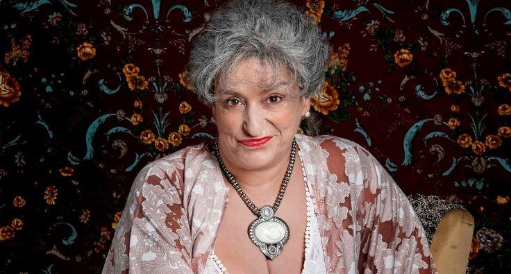 """""""Hortance, a velha"""", com Grace Gianoukas, em cartaz no Teatro dos Quatro"""