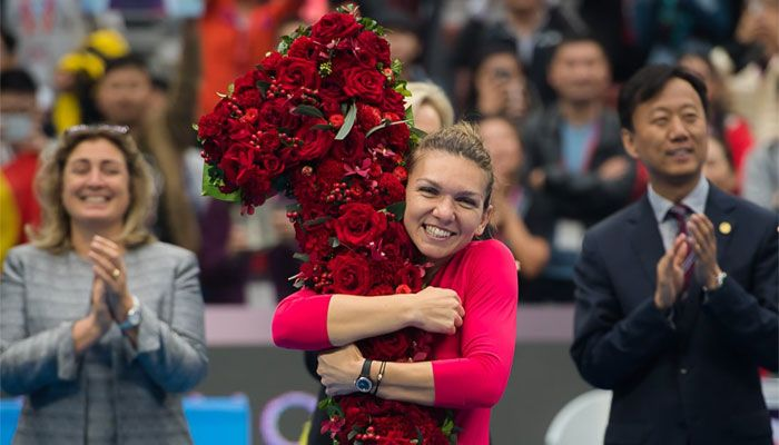 Simona Halep makes history, becomes 25th WTA World No.1 -- The Romanian's ousting of Spaniard Garbine Muguruza at the top of the women`s game will be officially confirmed next week when the latest rankings are released. http://zeenews.india.com/tennis/simona-halep-makes-history-becomes-25th-wta-world-no-1-2048443.html