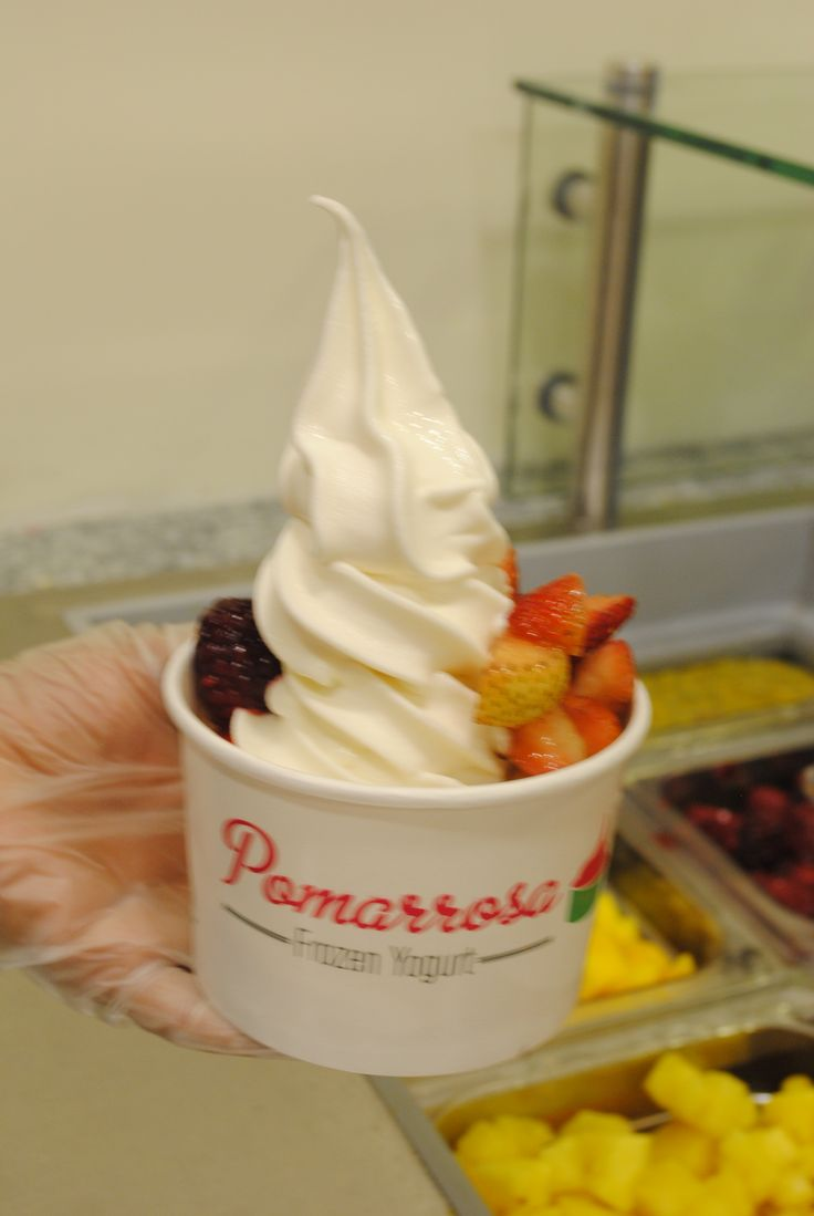 Las frutas son una excelente fuente de vitamina C y actúan como antioxidantes. Inclúyelas en tu dieta diaria. #pomarrosafrozenyogurt #elplacerdecomersano #dessert #postre