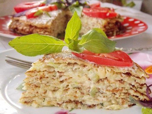 Кабачковый блинный торт.  Закусочный торт из кабачковых блинчиков – интересная альтернатива печёночному, а готовить его можно летом и просто к ужину, и к торжественному застолью.