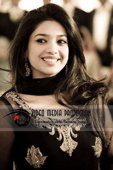 Sanam Jung Pakistani Actress Fashion Model .