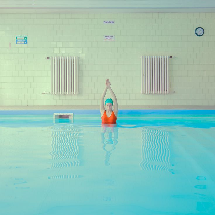 25 best ideas about swimming pool photography on for Pool platform ideas