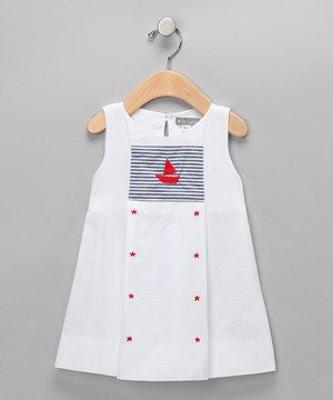 This sailor dress is sweetness through and through. Crafted in cozy cotton with an adorably embroidered front panel and a keyhole closure in back, this precious, ready-to-play silhouette is perfect for any occasion.