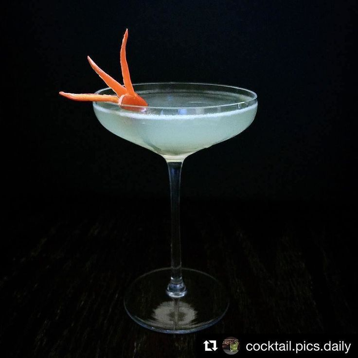 Tequila Restaurant Lounge #TequilazBx Repost @cocktail.pics.daily  (Recipe below) found on @narphorium .  oz Pescador de Sueños Coyote mezcal  oz Green Chartreuse  oz Luxardo maraschino liqueur  oz lime juice 4 drops Boy Drinks World Serrano spice . . . . . . #drinks#cocktails#cocktail#happyhour#feedfeed #bartender #drinkup#booze #cheers #mixology#spirits #drinkporn #glassware #barlife#craftcocktails#cocktailbar#drinkstagram#drinkoftheday #classiccocktails #drinklocal  #cocktailoftheday…