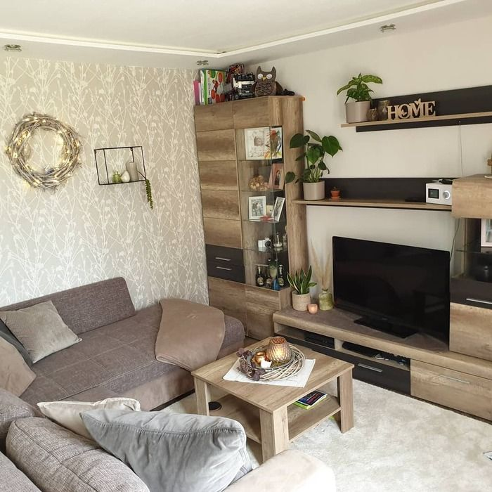 狭い部屋のレイアウトは海外インテリアに学ぶ 4畳や1kの一人暮らしさんへ キナリノ 部屋 レイアウト アパートのインテリア アパートのインテリアデザイン