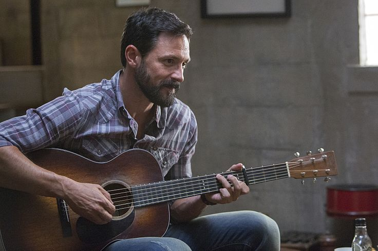Steve Kazee as Gus in Shameless (Season 5, episode 3) – Photo: Cliff Lipson/SHOWTIME – Photo ID: shameless_503_3917