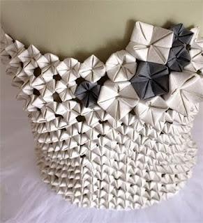 Elena Salmistraro: Design Elena, Paper Manipulation, Elena Salmistraro, Origami Dress, Paper Art, Paper Cuts, Crafts Diy, Intervenciones Textiles