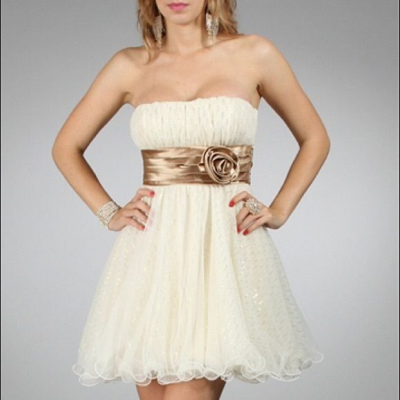 Short strapless gold and cream prom dress Worn only once (like new condition) cream and gold dress. Teeze Me Dresses Prom
