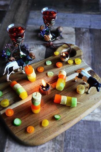 カラフルおしゃれ、前菜にぴったりなピンチョスです。 ビタミンカラーは見てるだけでも楽しくなっちゃいますね。