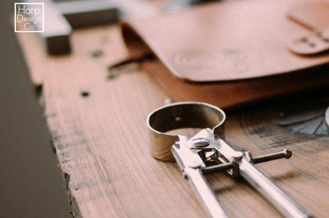 Plus de 1000 id es propos de hgtv fixer upper 39 s clint for Is clint harp still on fixer upper