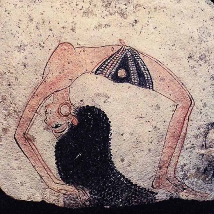 Sito ufficiale del Museo Egizio di TorinoOstrakon con schizzo di danzatrice - 1292 - 1186 a.C. nuovo regno - scaglia di calcare dipinto - provenienza sconosciuta - Torino, Museo Egizio