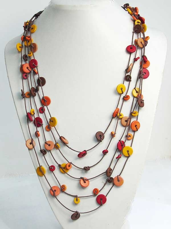 @Sharleen Chua, buy me something like this please!! Knotted necklace of Greek ceramic beads