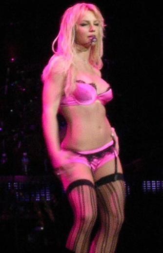 Britney, Onyx Hotel Tour