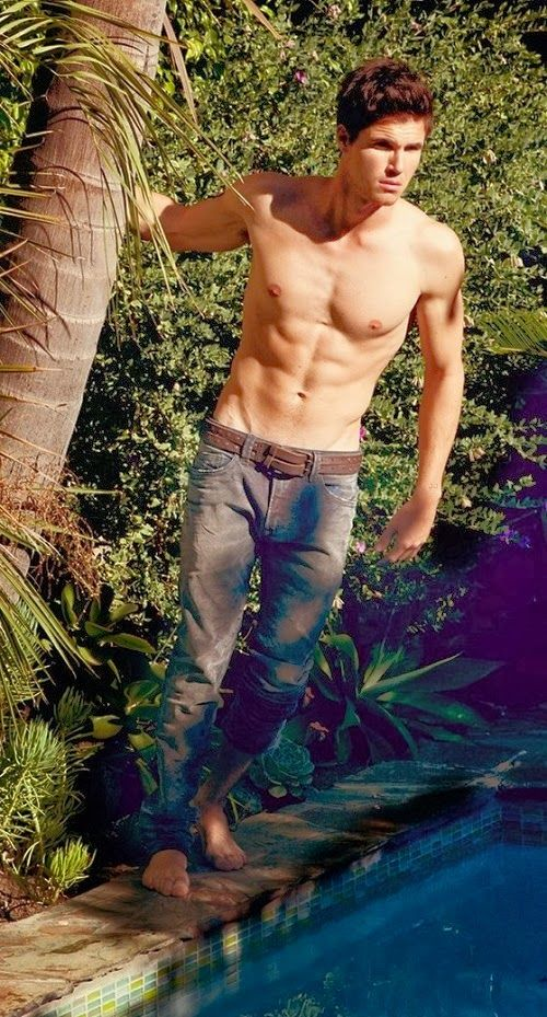 Robbie Amell- my new obsession!