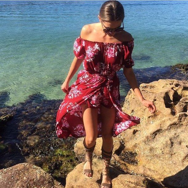 The @steele__ Maya Dress has arrived worn by @jesinta_campbell - in store & online!  #Steele #steeleloves #floral #springfashion #speing #fashion #editorial #love #shopping #onlineshopping #ootn #ootd #inspo #inspo #isales #igaddict #style #stylist #styleblog #blogger #boutique #girl