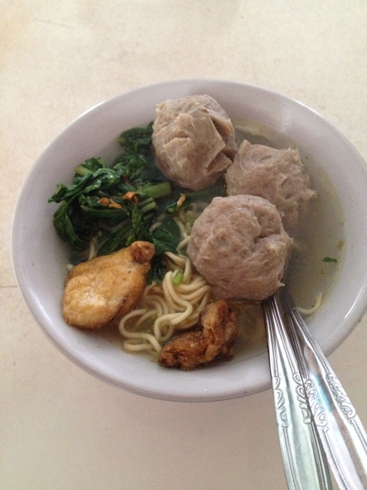 bogor's meatballs yum! From Indonesia, West Java P={very yummy)  only 18.000 IDR+2000 IDR for the drink (Java Tea)