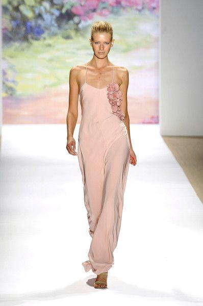 Tibi at New York Fashion Week Spring 2010 - Runway Photos
