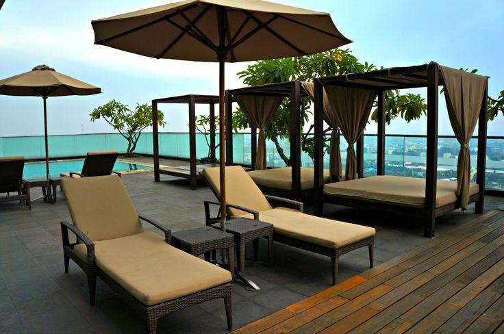 JW Marriott Medan Swimming Pool