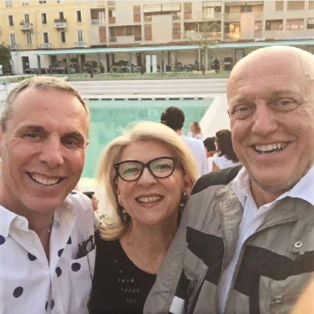 Gioia Smart Awards 2016 - Teatro Parenti - Piscina Caimi - Gioia Smart Awards 2016 @gioiamagazine @alessandraianzitoprevents @jimmy2561 #tittipedone #mtpisani_etabetapr