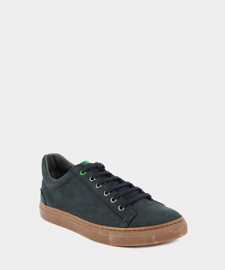 Super cool!! Sneaker in Pelle con Linguetta in Vernice a Contrasto Blu Navy e Verde www.privalia.com