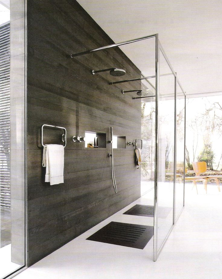 Open showers; Cote Sud via http://linenandlavender.blogspot.com/p/bath-designs.html