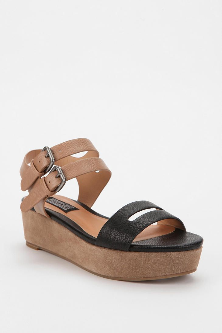 Deena & Ozzy Betty Buckle Flatform Sandal