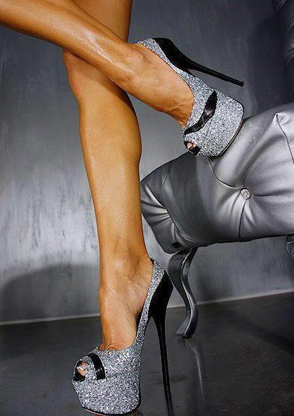 G. Lorenzi does it again!Hot Shoes, Walks, Fashion Clothing, Woman Shoes, Silver Shoes, Black Heels, Legs, Grey, Glitter