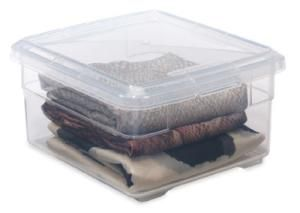 6 budget-friendly closet storage solutions you can install today: Plastic storage containers
