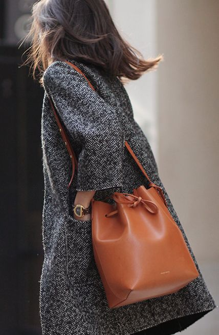 grey coat & Mansur Gavriel bucket bag #style #fashion