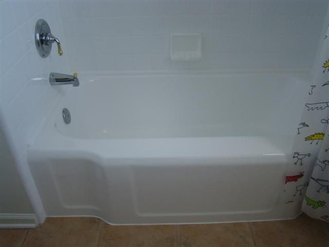 Best 25+ Bathtub Reglazing Ideas On Pinterest | Bath Refinishing, Tub And  Tile Paint And Old Bathtub